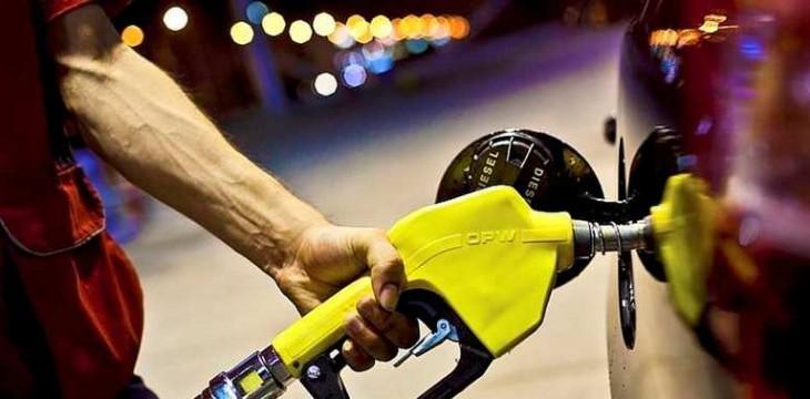 Benzin ve Motorine zam geliyor! Depoları fulleyin